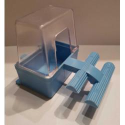Plastové krmítko 6x4x5,5cm